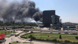 Bursa'da plastik deposunda çıkan yangın kontrol altına alındı - Bursa Haberleri