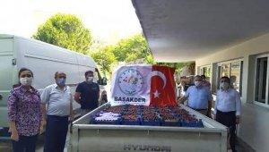 Bursa'da sağlık çalışanları için kiraz topladılar