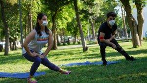 Büyükşehir Belediyesinden sosyal mesafeli sabah sporu