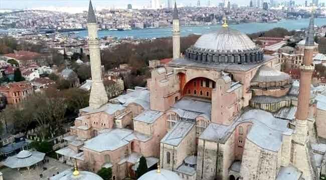 CHP'nin Ayasofya için Osmanlı-Cumhuriyet kıyasına AK Parti'den tepki