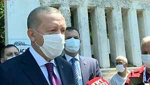 Cumhurbaşkanı Erdoğan, mezarlık çıkışı Türkiye'ye bayram uyarısında bulundu