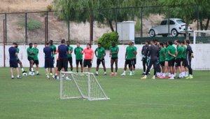 Denizlispor, Levent Kartop ile Başakşehir maçına hazırlanıyor