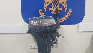 Didim'de bir teknenin motorunu çalan hırsızlar yakalandı