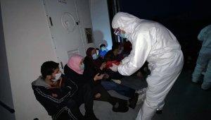 Düzensiz göçmenleri karadan ulaşımın olmadığı alana bırakıp gittiler