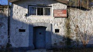 """Eski cezaevi """"kütüphane müze"""" olacak"""