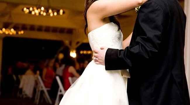 Evlilik hazırlığı yapan çiftler, koronavirüsten sonra bir engele daha takıldı