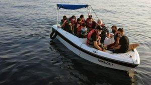 Fiber teknede 11 düzensiz göçmen kurtarıldı