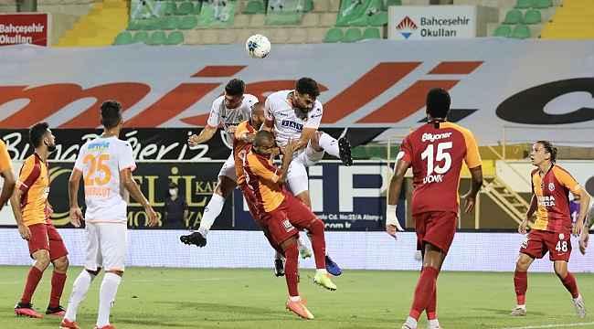 Galatasaray'da galibiyet hasreti 7 maça çıktı