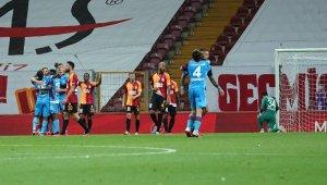 Galatasaray'ın evindeki 9 maçtır yenilmezlik serisi sona erdi