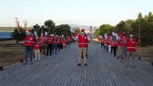 Genç Kızılay'dan 15 Temmuz şehitleri için saygı nöbeti