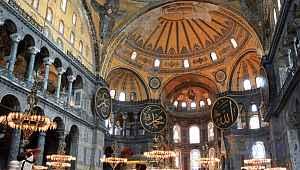 Herkesin merak ettiği Ayasofya'daki mozaikler ve semboller ne olacak sorusuna cevap geldi!