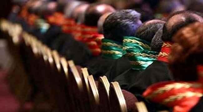 HSK, FETÖ irtibatları nedeniyle 26 hakim-savcıyı görevden uzaklaştırdı