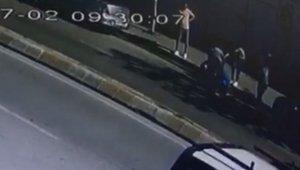 İstanbul A.Ş. ait otobüsten düşen kadın ağır yaralandı