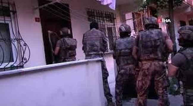 İstanbul'da 400 polisle zehir tacirlerine şafak operasyonu... 75 gözaltı