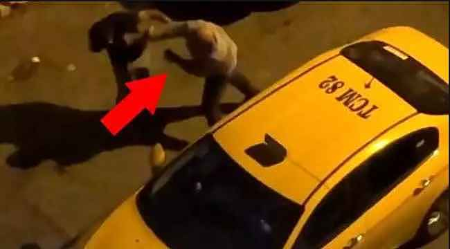 İstanbul'da taksici terörü... Tartıştığı müşterisine yumrukla saldırdı