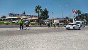 İzmir'de feci kaza: 1 ölü, 2 polis memuru yaralı