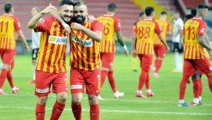 """Kayserisporlu Enver Cenk Şahin: """"Takımda çok iyi bütünleşme var"""""""