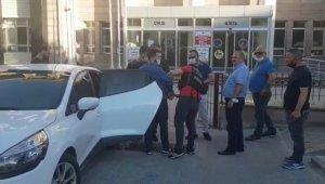 Kuşadası'nda tatilcileri zehirleme çalışan uyuşturucu çetesine operasyon, 2 şüpheli tutuklandı