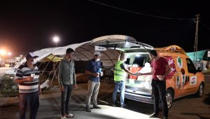 Mamak Belediyesinden kurban satıcılarına maske ve çorba