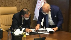 Manisa'ya yapılacak spor yatırımlarını Bakan Kasapoğlu ile istişare ettiler