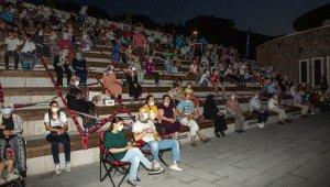 Mesafeli sinemaya büyük ilgi - Bursa Haberleri