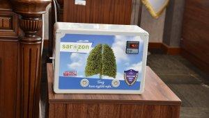 Meslek lisesi öğretmenlerinden korona ile mücadele için havayı ve suyu temizleyen özel cihaz ürettiler