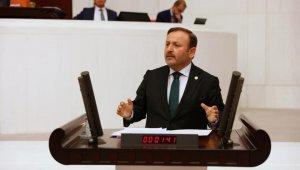 Milletvekili Sabri Öztürk, yapılan bir araştırmada en başarılı üçüncü milletvekili seçildi
