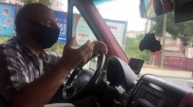 """Minibüs şoförü fazla yolcu aldı, """"İnşallah uygulama yoktur. Eğer varsa da arabayı anahtarla polise bırakıp gideceğim"""""""