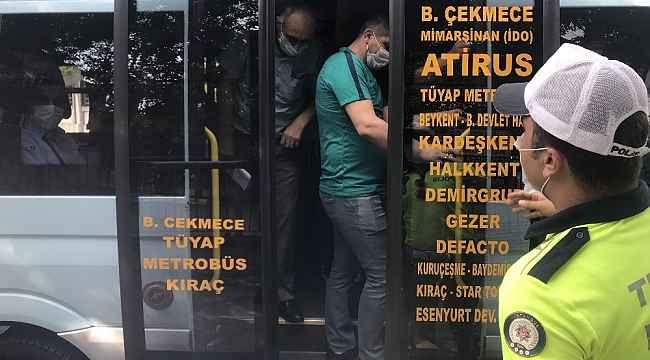 Minibüste 35 yolcu
