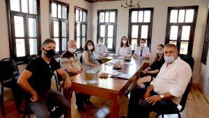 Mudanya'da muhtarlara hayvanları koruma kanunu anlatıldı - Bursa Haberleri