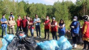 Nemrut'ta çöp toplama etkinliği
