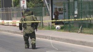 Otobüs durağındaki tüp polisi alarma geçirdi