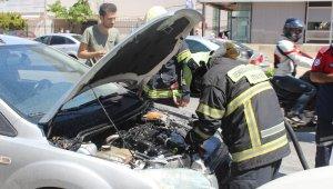 Otomobilini yanmaktan son anda kurtardı