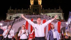 Polonya cumhurbaşkanlığı seçiminin ikinci turu için sandık başında