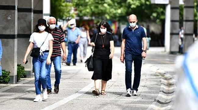 Sağlık Bakanı Fahrettin Koca, son üç günde ağır hasta sayısı en çok artan 5 ili açıkladı