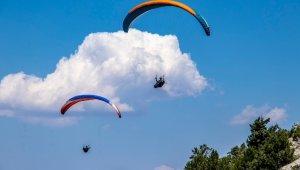 Şalvarlı yamaç paraşütü