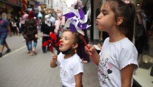 Samsun'da bayram öncesi çarşı pazarda yoğunluk