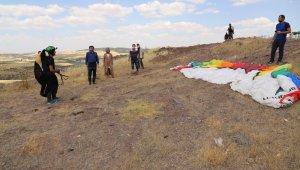 Şanlıurfa'da Yamaç Paraşütü ilgi odağı oldu