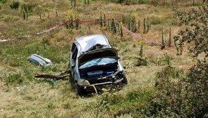 Şarampole yuvarlanan araç sürücüsü hayatını kaybetti - Bursa Haberleri