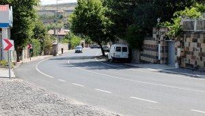 Talas'ta asfalt çalışmaları tüm hızıyla sürüyor