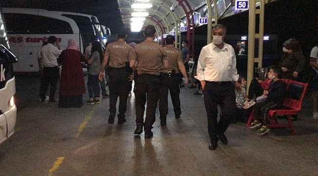 Terminalde güvenlik güçleri devreye girdi, askerler sosyal mesafeyle uğurlandı - Bursa Haberleri
