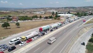 Trafikte bayram yoğunluğu başladı - Bursa Haberleri