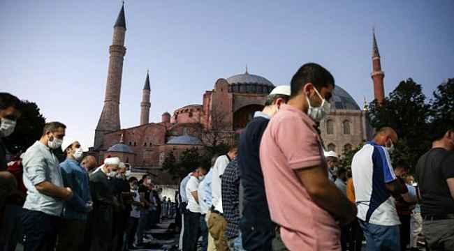 Türkiye'nin Ayasofya'yı camii olarak ibadete açması Yunanistan'ı çıldırttı! Küstahca yaptırım çağrısında bulundular
