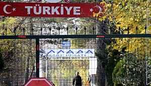 Türkiye'yi başka ülkelere şikayet eden Yunanistan'a AK Parti'den rest