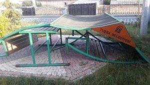 Tuşba Belediyesinin hizmetlerine çirkin saldırı