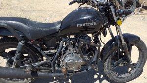 Uçuruma yuvarlanan motosikletin sürücüsü hayatını kaybetti
