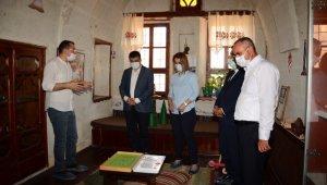 Vali Becel Kapadokya Yaşayan Miras Müzesi'ni ziyaret etti
