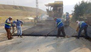 Van Büyükşehir Belediyesi briketçiler sitesinin yolunu asfaltladı