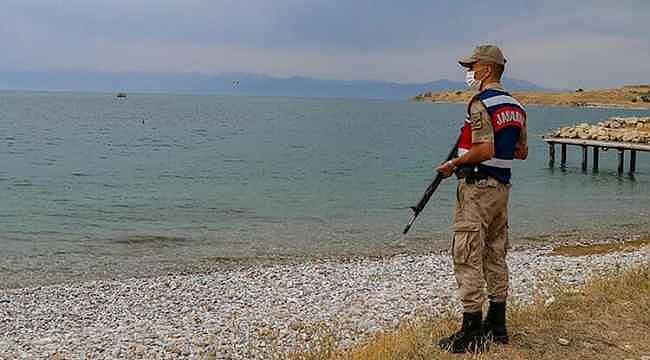 Van Gölü'nde bir erkek cesedi daha bulundu