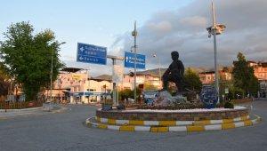 Yenipazar'da maske takmayan 9 kişiye ceza kesildi